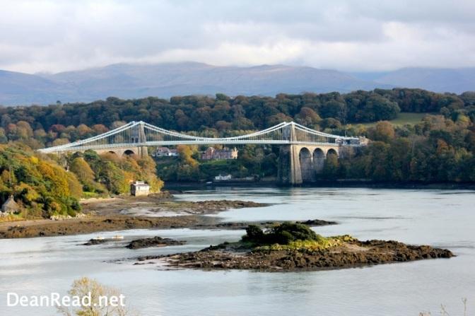 Menai Bridge and a Boo from Llanfairpwllgwyngyllgogerychwyrndrobwllllantysiliogogogoch