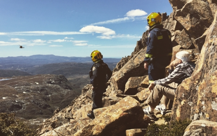 Watching a helicopter rescue on Cradle Mountain in Tasmania